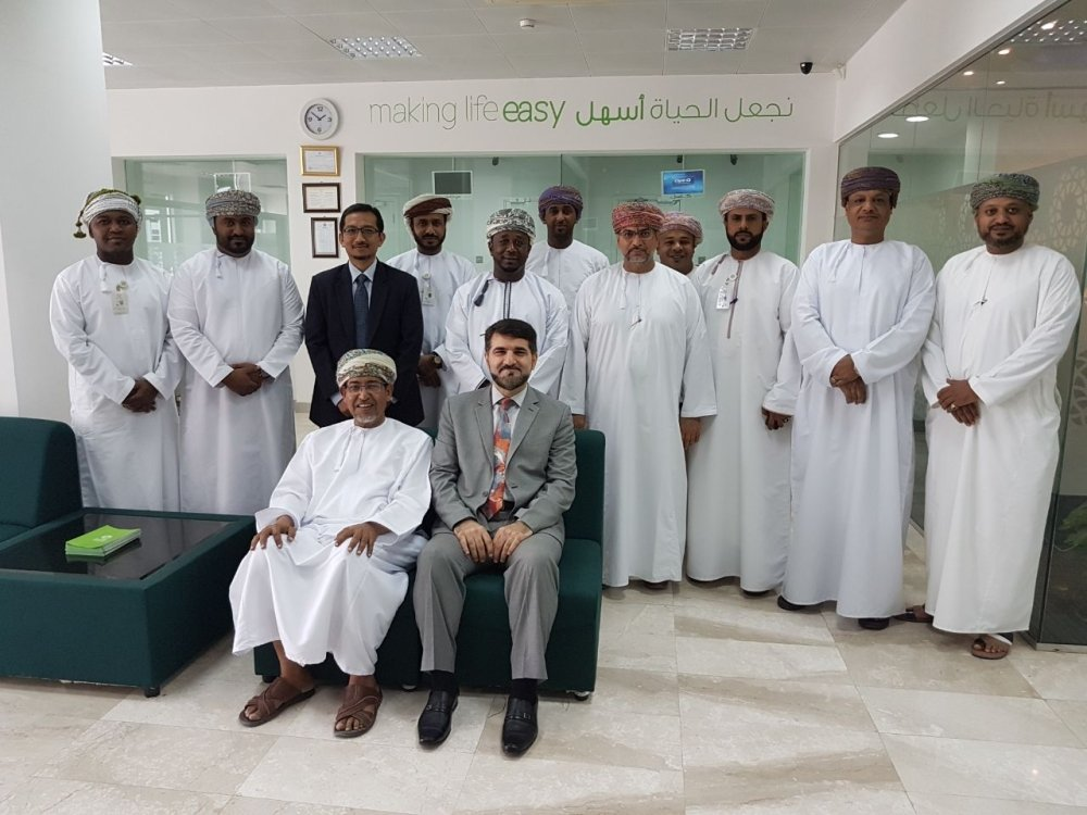 Bank Dhofar's Maisarah conducts training session on Islamic banking